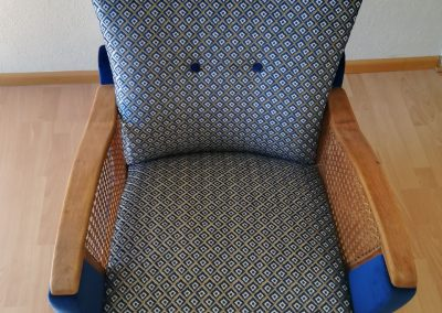 nachher Neubezug Sessel - Referenz Autosattlerei Liehr, Wehr