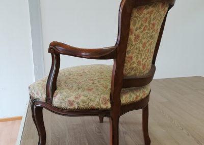 Stuhl neu bezogen - alt-vorher mit Stoff - Referenz Autosattlerei Liehr, Wehr