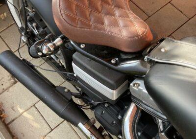Motorrad-Sitzbank neu aufgepolstert - nachher